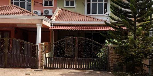 Double Storey Terrace Intermediate Unit, Shah Alam