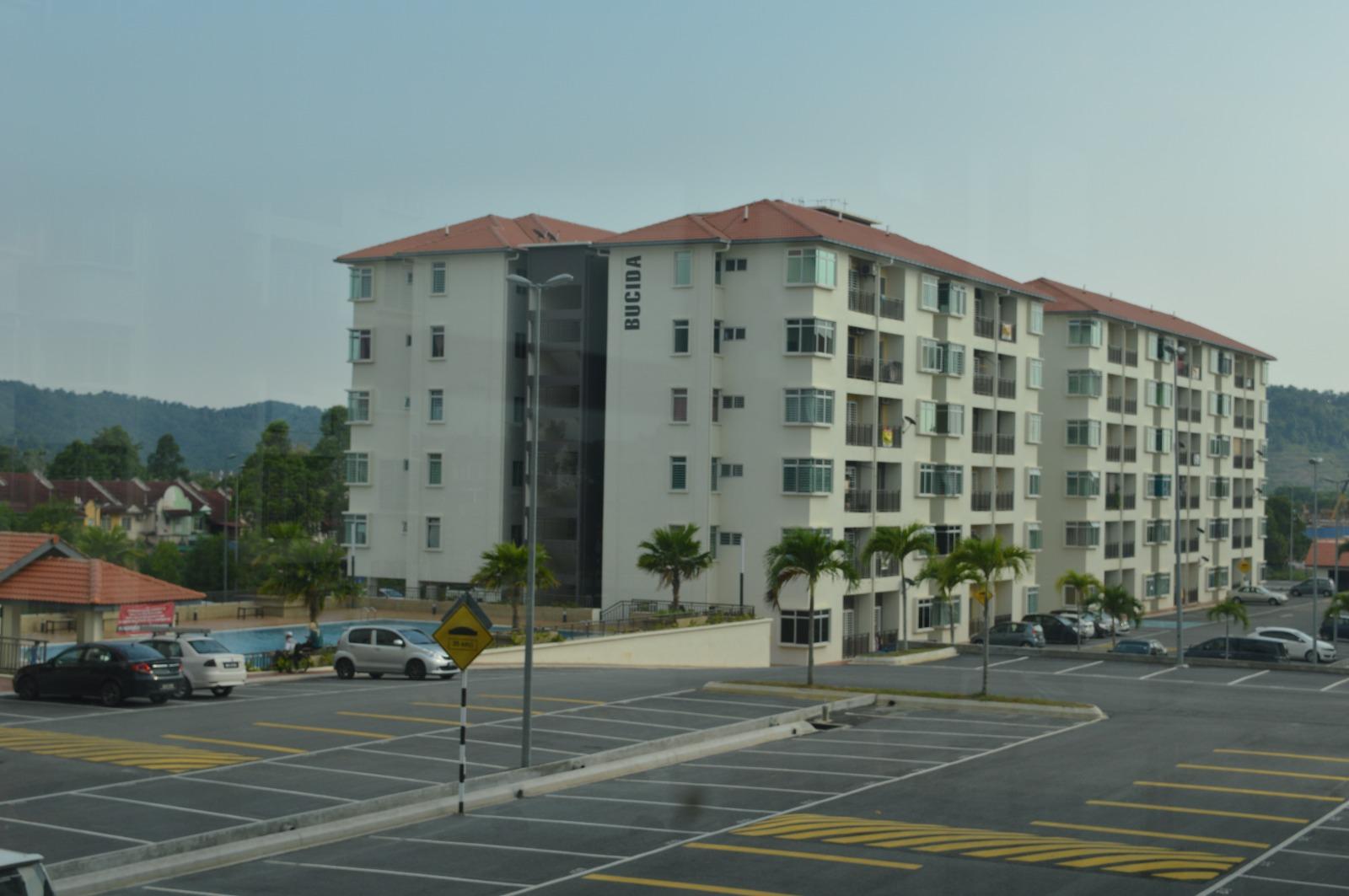 Apartment Warnasari 2, Puncak Alam