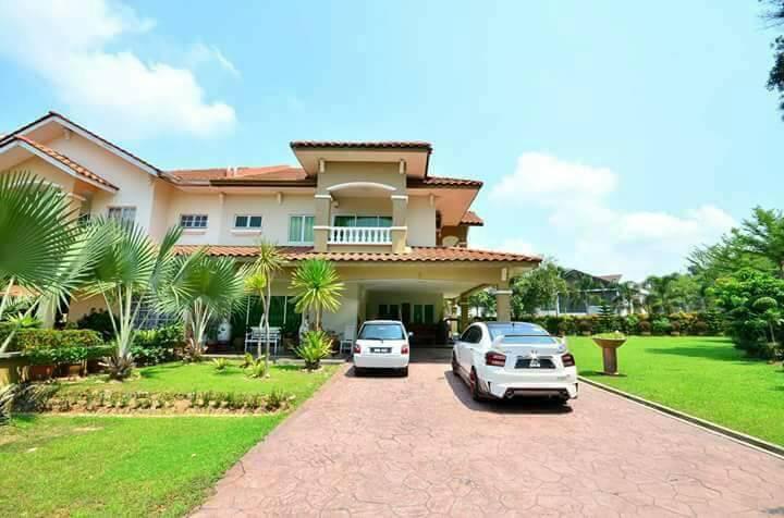 Corner Lot Semi D Section 13, Sultan Abdul Aziz Shah Golf & Country Club (KGSAAS)