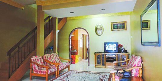 Double Storey Terrace Taman Melur, Ampang