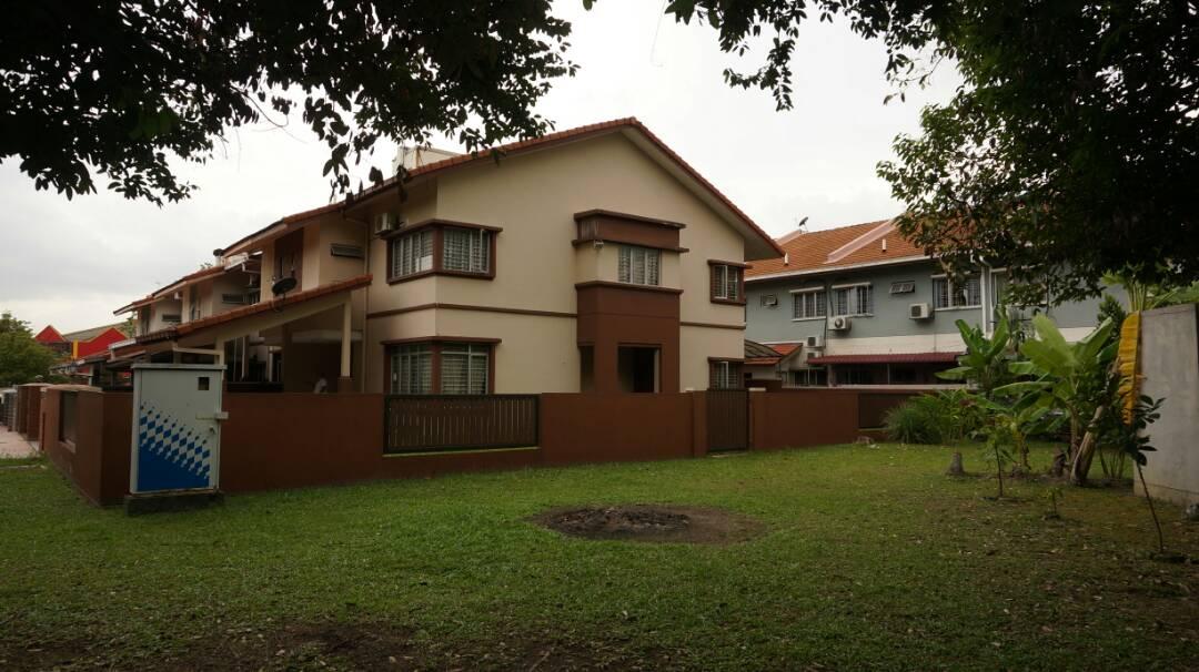 Double Storey Terrace Corner Lot Suria 618, Section 27, Shah Alam