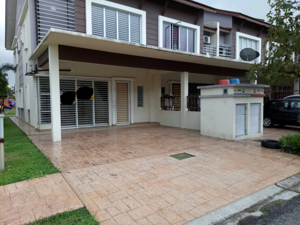 DOUBLE STOREY TERRACE HOUSE, ALAM D'16 RESIDENCY SECTION16, SHAH ALAM