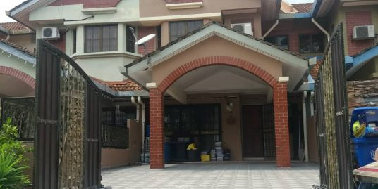 Double Storey Terrace Section 7 Jalan Platinum